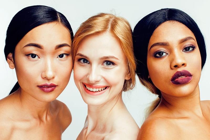cách phồi màu quần áo phù hợp với sắc tố da